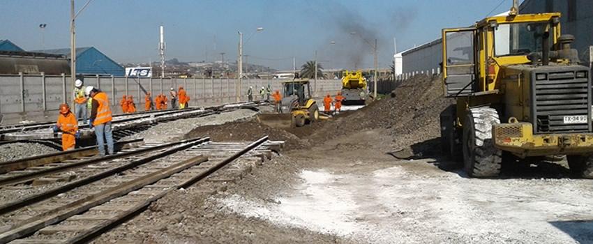 Derrame del Ácido Sulfúrico sobre la infraestructura ferroviaria al interior del terreno del terminal de descarga de Terquim.
